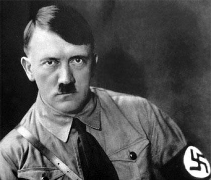 Adolf_Hitler_45